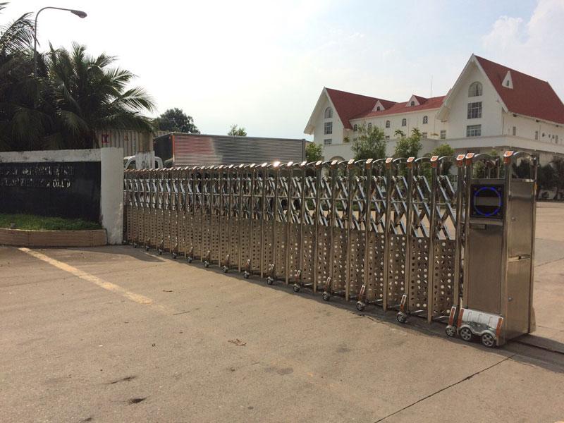 Mẫu cửa cổng xếp inox tại Đồng Nai