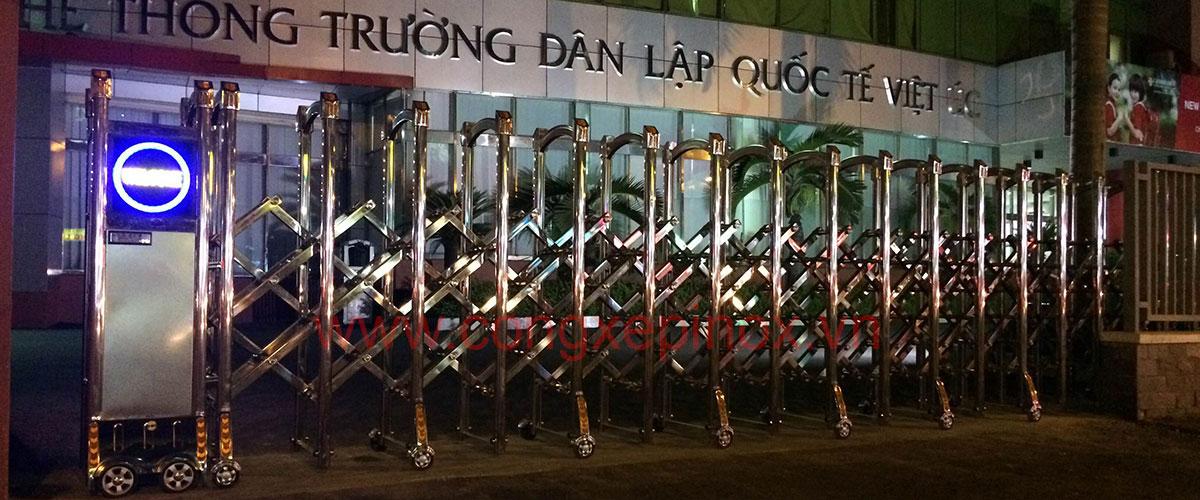sl-cong-xep-inox-he-thong-truong-quoc-te