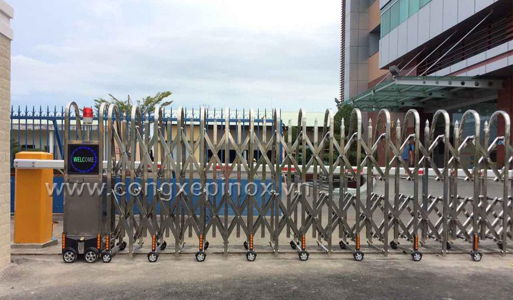 Mẫu cửa cổng xếp inox 201 tại Vũng Tàu