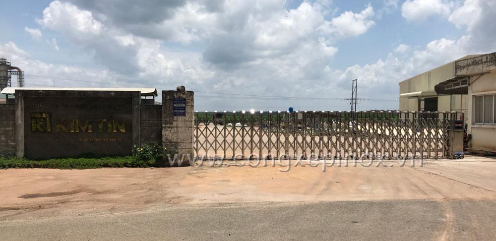 Hình ảnh thật tế Công trình cổng xếp inox huyện Bình Phước