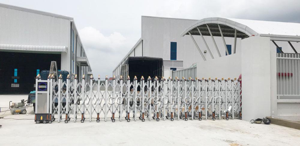 Công trình cửa cổng xếp tự động tại Bình Dương