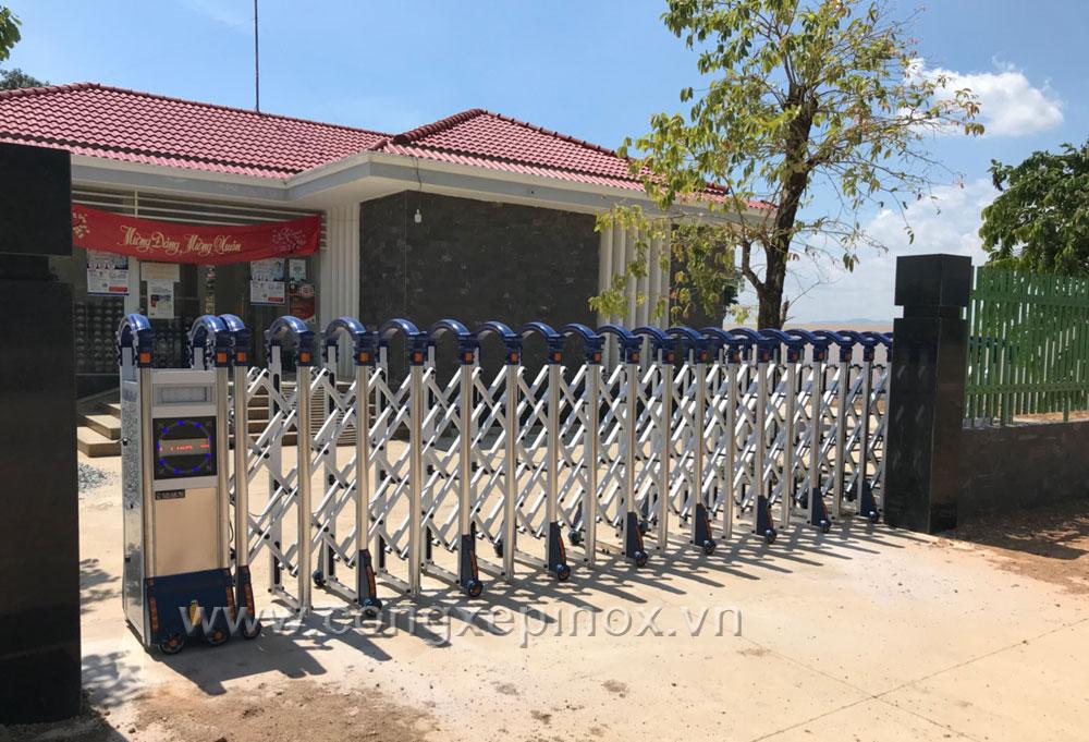 Điện lực Đồng Kho - Cửa cổng xếp nhôm